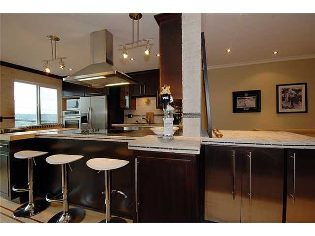 Main Photo: # 2 312 CARNARVON ST in New Westminster: Downtown NW Condo for sale : MLS® # V912836