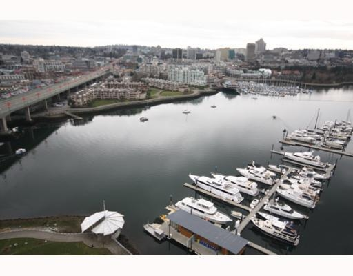 Main Photo: # 2706 1033 MARINASIDE CR in Vancouver: Condo for sale : MLS® # V748425