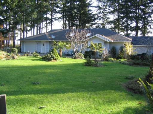Main Photo: 5588 SEACLIFF ROAD in COURTENAY: Residential Detached for sale : MLS® # 229578