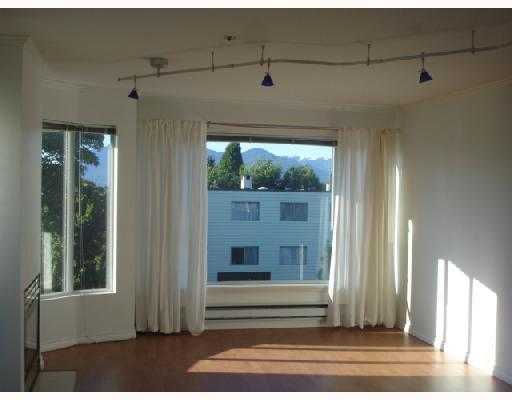 Photo 2: 302 3218 ONTARIO Street in Vancouver: Main Condo for sale (Vancouver East)  : MLS(r) # V656519