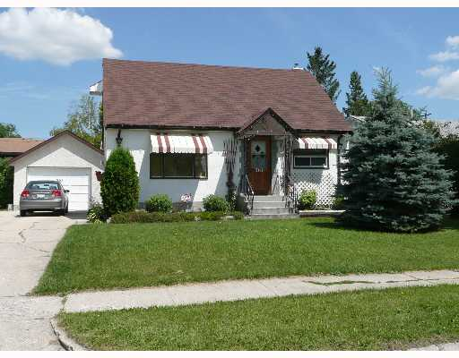 Main Photo: 361 KINGSFORD Avenue in WINNIPEG: North Kildonan Single Family Detached for sale (North East Winnipeg)  : MLS® # 2712412
