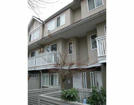 "Main Photo: 25 7831 GARDEN CITY Road in Richmond: Brighouse South Townhouse for sale in ""ROYAL GARDEN"" : MLS(r) # V682247"