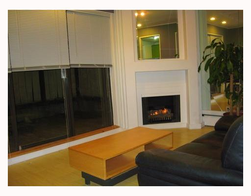 Photo 4: 107 350 E 5TH Avenue in Vancouver: Mount Pleasant VE Condo for sale (Vancouver East)  : MLS(r) # V709158