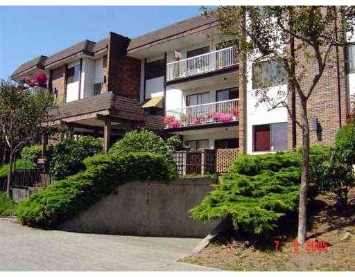 "Main Photo: # 102 - 119 Agnes Street in New Westminster: Downtown NW Condo for sale in ""Parkwest Plaza"" : MLS® # V551946"