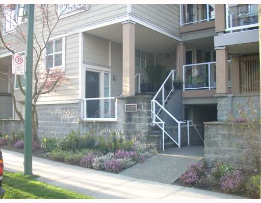 "Main Photo: 105 933 W 8TH Avenue in Vancouver: Fairview VW Condo for sale in ""SOUTH PORT"" (Vancouver West)  : MLS(r) # V702764"
