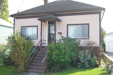 Main Photo: 1337 Vining Street: RED for sale (Other Areas)  : MLS® # 181855