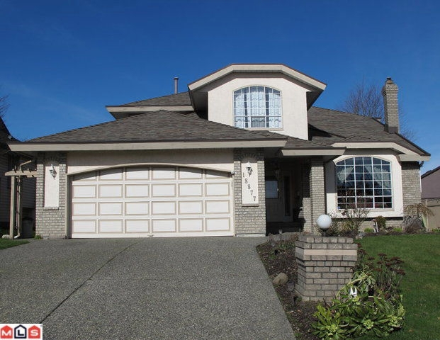 Main Photo: 18877 58 AV in Surrey: House for sale : MLS®# F1104500
