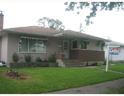 Main Photo: 495 Roberta Ave in Winnipeg: Residential for sale : MLS® # 2813889