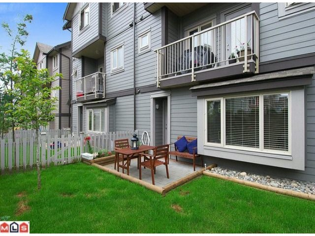 "Photo 10: # 8 19219 67TH AV in Surrey: Clayton Condo for sale in ""BALMORAL"" (Cloverdale)  : MLS® # F1017766"