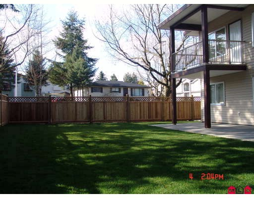"Photo 9: 8690 E TULSY in Surrey: Queen Mary Park Surrey House for sale in ""Queen Mary Park Surrey"" : MLS® # F2805047"