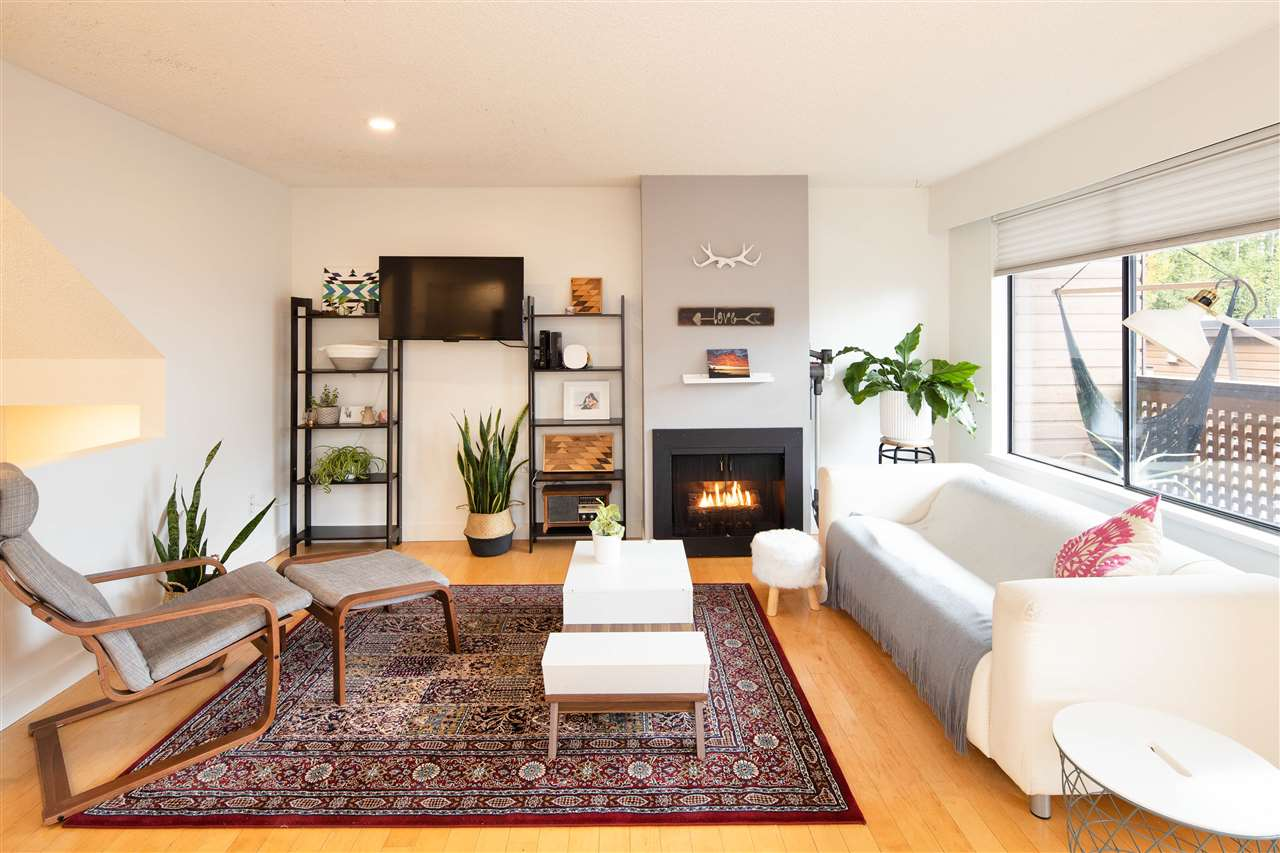 FEATURED LISTING: 3247 LONSDALE Avenue North Vancouver