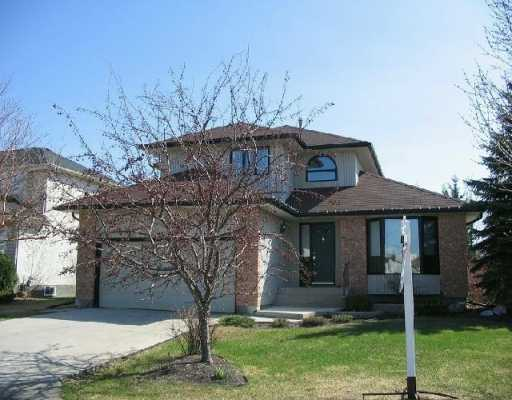 Main Photo: 412 KIRKBRIDGE Drive in Winnipeg: Fort Garry / Whyte Ridge / St Norbert Single Family Detached for sale (South Winnipeg)  : MLS® # 2604095