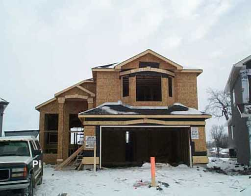 Main Photo: 51 GRADY Bend in Winnipeg: West Kildonan / Garden City Single Family Detached for sale (North West Winnipeg)  : MLS(r) # 2601182