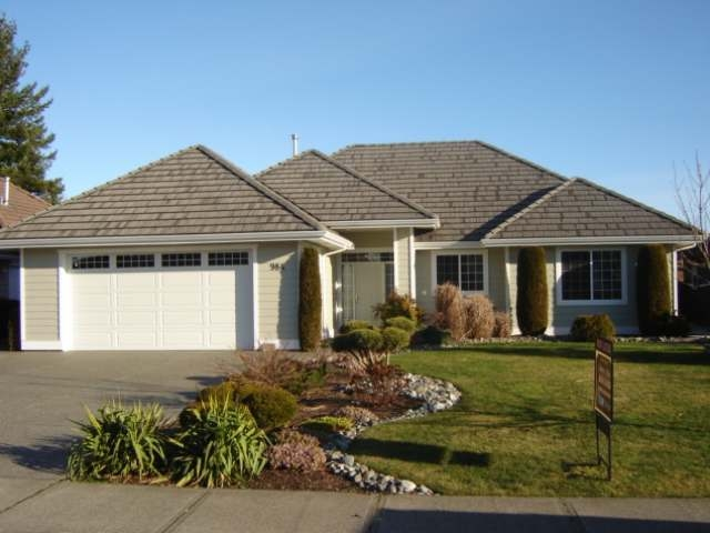 Main Photo: 984 MONARCH DRIVE in COURTENAY: House for sale : MLS® # 327924
