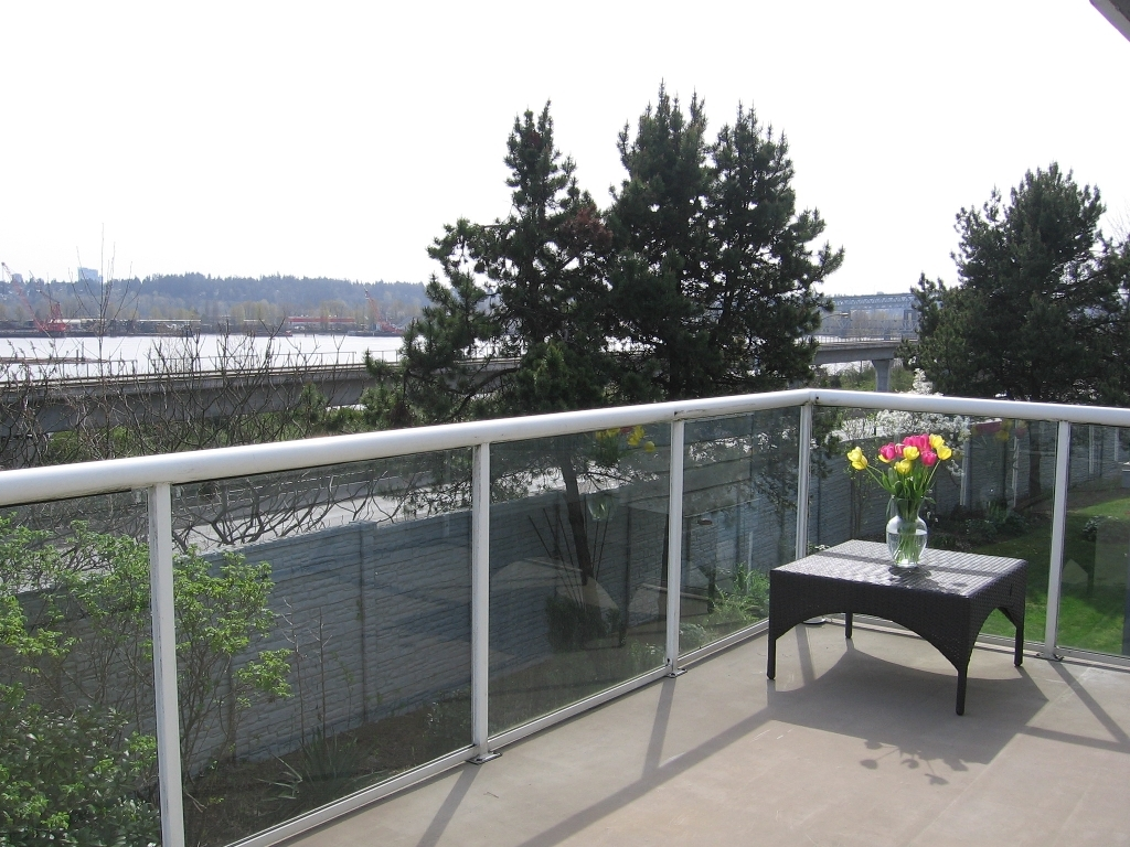 "Photo 16: # 136 - 28 Richmond Street in New Westminster: Fraserview NW Townhouse for sale in ""Castle Ridge"" : MLS(r) # V816862"