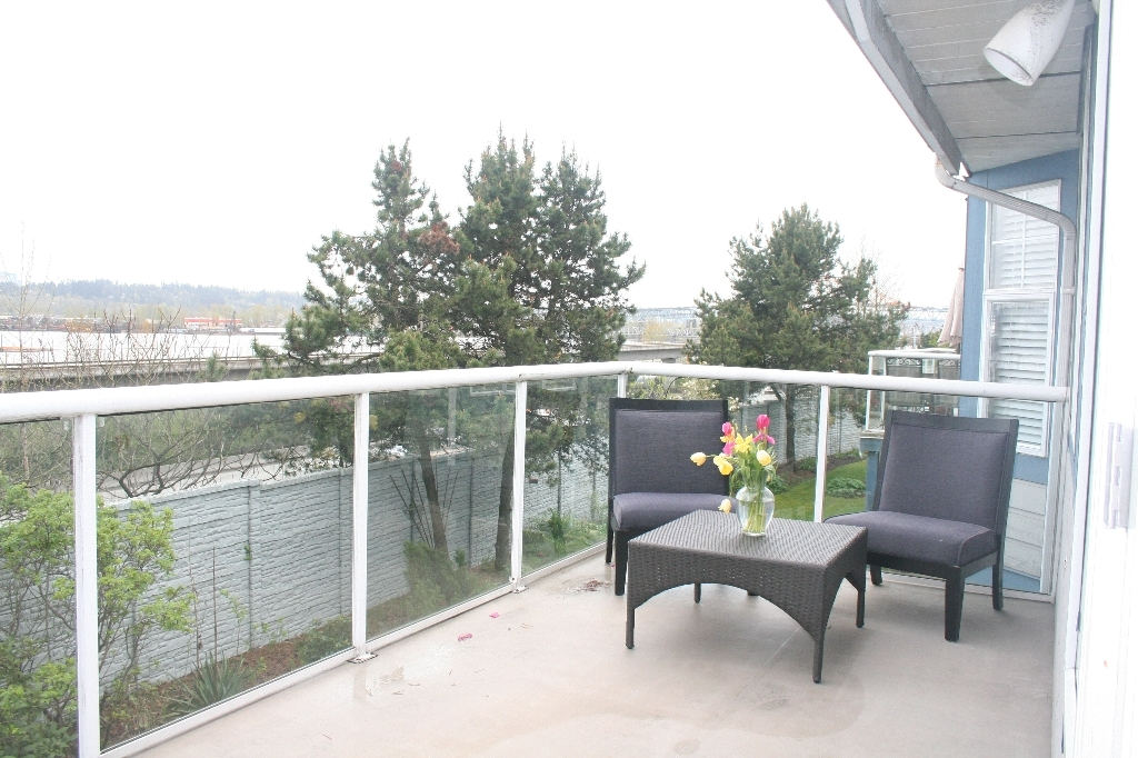 "Photo 15: # 136 - 28 Richmond Street in New Westminster: Fraserview NW Townhouse for sale in ""Castle Ridge"" : MLS(r) # V816862"