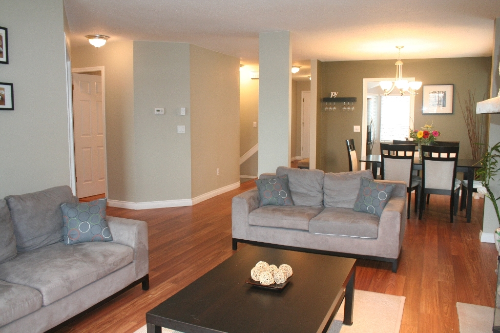 "Photo 10: # 136 - 28 Richmond Street in New Westminster: Fraserview NW Townhouse for sale in ""Castle Ridge"" : MLS(r) # V816862"