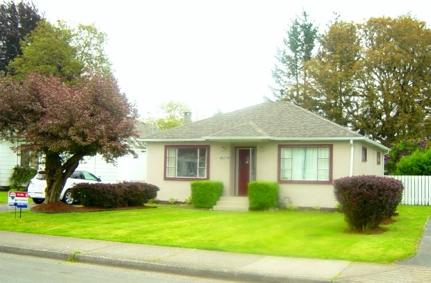 Main Photo: 46174 Lewis Avenue in Chilliwack: House for sale : MLS® # H1102283