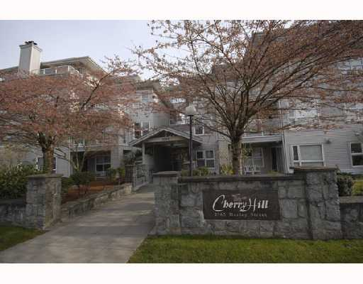 "Main Photo: 302 2965 HORLEY Street in Vancouver: Collingwood VE Condo for sale in ""CHERRY HILL"" (Vancouver East)  : MLS® # V699854"