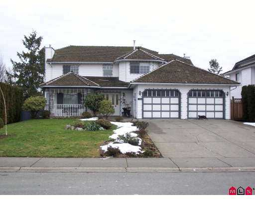 Main Photo: 9488 153A Street in Surrey: Fleetwood Tynehead House for sale : MLS®# F2702364