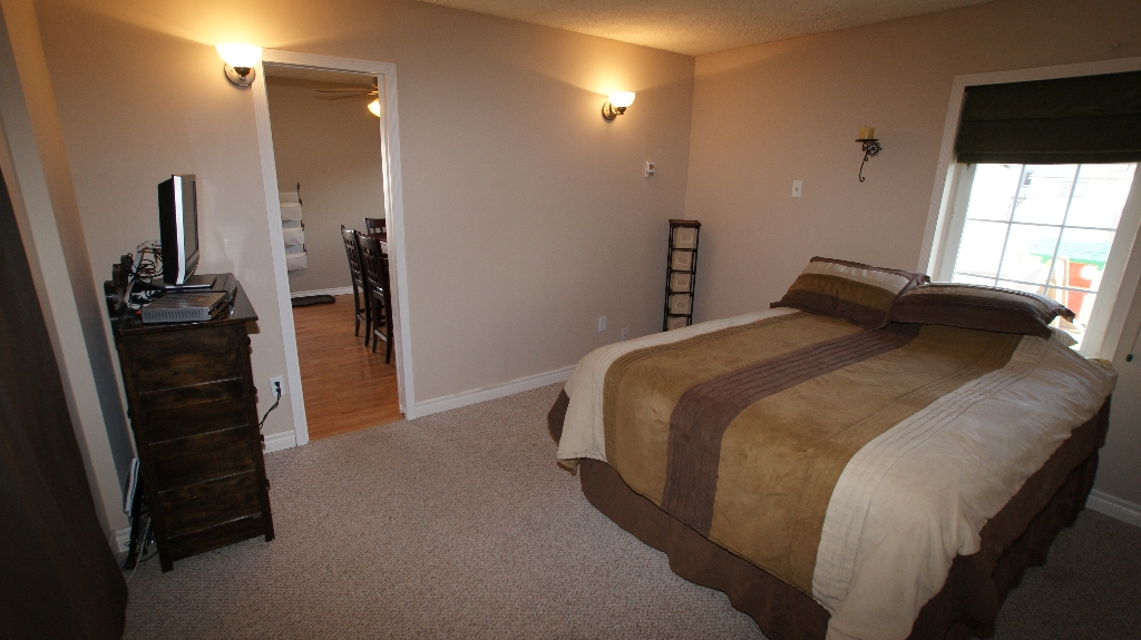 Photo 11: 1041 Redwood Avenue in Winnipeg: North End Residential for sale (North West Winnipeg)