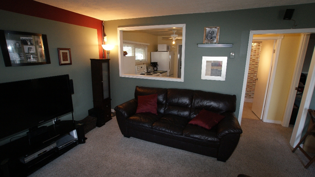 Photo 4: 1041 Redwood Avenue in Winnipeg: North End Residential for sale (North West Winnipeg)