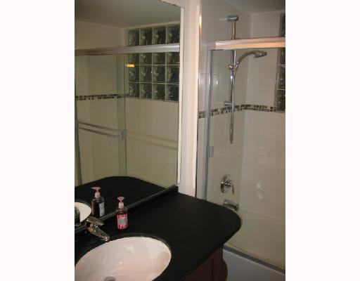 Photo 4: 2 1633 W 8TH Avenue in Vancouver: Fairview VW Condo for sale (Vancouver West)  : MLS® # V666446