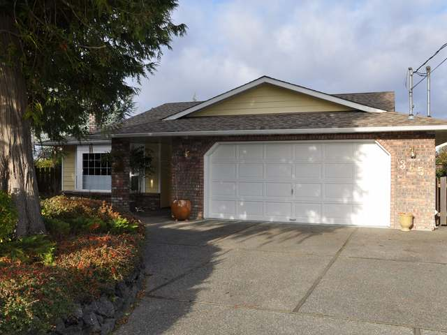 Main Photo: 365 Parkview Place in PARKSVILLE: Z5 Parksville House for sale (Zone 5 - Parksville/Qualicum)  : MLS® # 326733