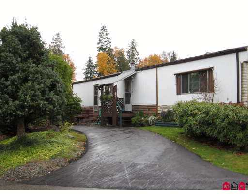 "Main Photo: 22 2035 MARTENS Street in Abbotsford: Poplar Manufactured Home for sale in ""Maplewood Estates"" : MLS®# F2727186"