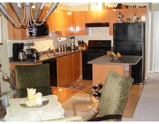 "Photo 4: 5629 DUNBAR Street in Vancouver: Southlands Condo for sale in ""WEST POINT"" (Vancouver West)  : MLS(r) # V633237"