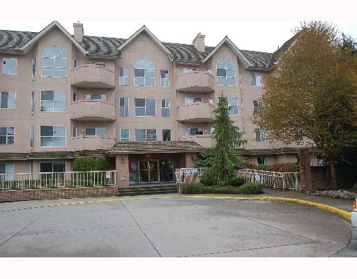 "Main Photo: 213 12464 191B Street in Pitt Meadows: Mid Meadows Condo for sale in ""LASEUR MANOR"" : MLS® # V640906"