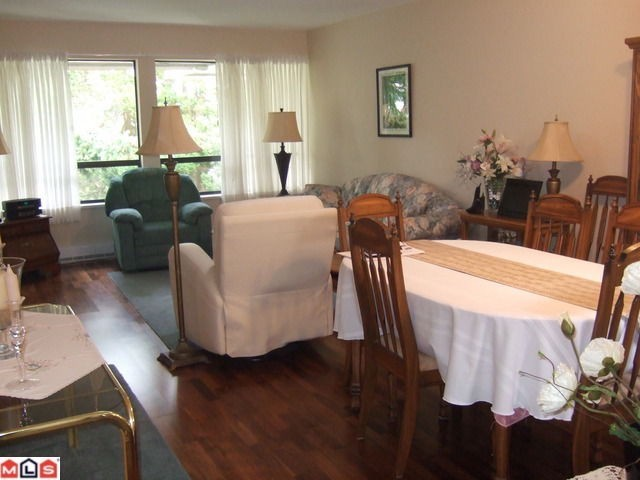 "Photo 2: # 306 1341 FOSTER ST: White Rock Condo for sale in ""CYPRUS MANOR"" (South Surrey White Rock)  : MLS(r) # F1102050"
