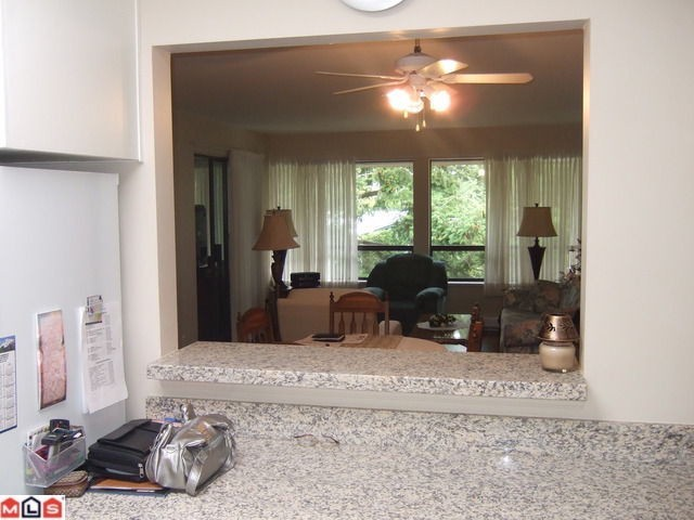 "Photo 8: # 306 1341 FOSTER ST: White Rock Condo for sale in ""CYPRUS MANOR"" (South Surrey White Rock)  : MLS(r) # F1102050"