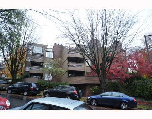 Main Photo: # 105 1575 BALSAM ST in Vancouver: Condo for sale : MLS®# V797654