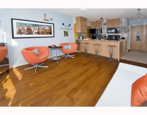 Main Photo: 1809 - 977 Mainland in Vancouver: Downtown Condo for sale (Vancouver West)  : MLS(r) # V691325