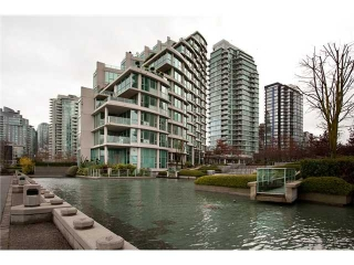 Main Photo:  in Vancouver: Coal Harbour Condo for sale (Vancouver West)  : MLS® # V927977