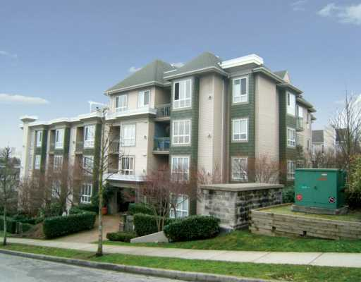 "Main Photo: 8495 JELLICOE Street in Vancouver: Fraserview VE Condo for sale in ""RIVERGATE"" (Vancouver East)  : MLS® # V629760"