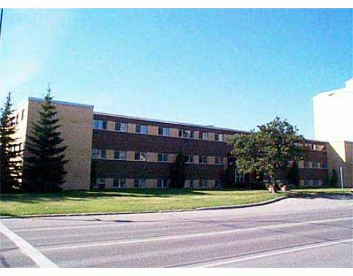 Main Photo: 102 1002 GRANT Avenue in WINNIPEG: Fort Rouge / Crescentwood / Riverview Condominium for sale (South Winnipeg)  : MLS®# 2308516