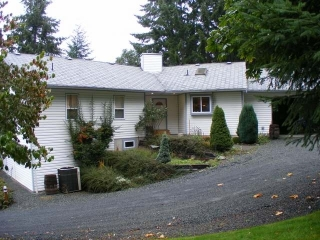 "Main Photo: 6297 CRESTWOOD DRIVE in DUNCAN: House for sale in ""Lakeview"" : MLS(r) # 305173"
