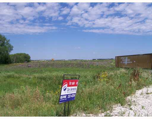 Main Photo: 1093 SHINDEL Road in ST ADOLPHE: Glenlea / Ste. Agathe / St. Adolphe / Grande Pointe / Ile des Chenes / Vermette / Niverville Vacant Land for sale (Winnipeg area)  : MLS® # 2712962