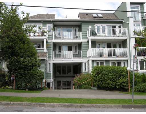 "Main Photo: 2 1949 W 8TH Avenue in Vancouver: Kitsilano Condo for sale in ""VILLAS PACIFICA"" (Vancouver West)  : MLS® # V662087"