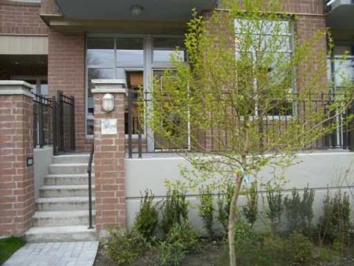 "Photo 2: 2629 PRINCE EDWARD ST in Vancouver: Mount Pleasant VE Townhouse for sale in ""SOMA"" (Vancouver East)  : MLS(r) # V586864"