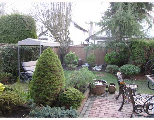 "Main Photo: 32 11291 7TH Avenue in Richmond: Steveston Villlage Townhouse for sale in ""MARINERS  VILLAGE"" : MLS®# V702652"