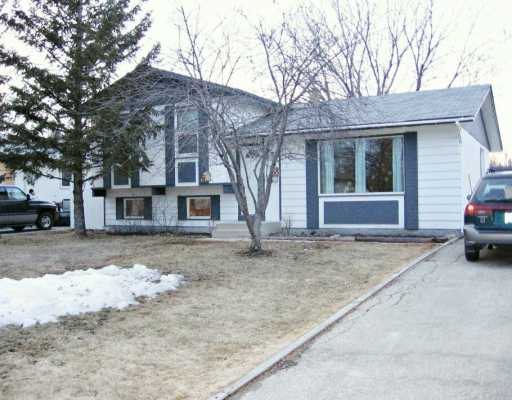 Main Photo: 70 LAFAYETTE Bay in WINNIPEG: Fort Garry / Whyte Ridge / St Norbert Single Family Detached for sale (South Winnipeg)  : MLS®# 2705230