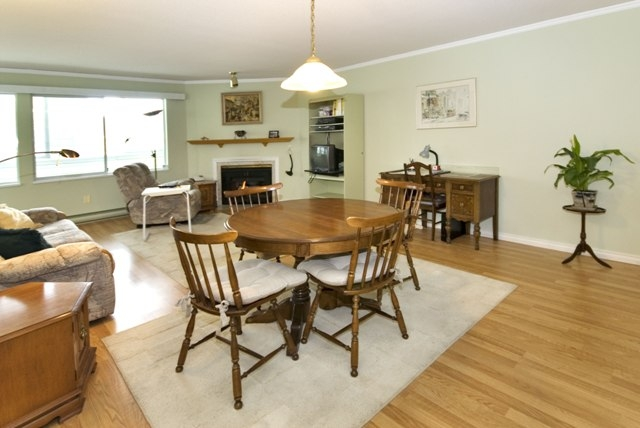 Photo 13: 4 5661 LADNER TRUNK Road in Ladner: Hawthorne Condo for sale : MLS® # V708348