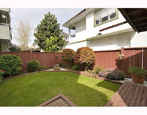 Photo 10: 4 5661 LADNER TRUNK Road in Ladner: Hawthorne Condo for sale : MLS® # V708348