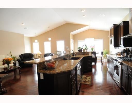 Photo 3:  in Edmonton: House for sale : MLS(r) # E3208385