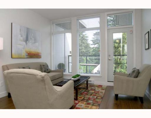 "Main Photo: 405 5692 KINGS Road in Vancouver: University VW Condo for sale in ""GALLERIA"" (Vancouver West)  : MLS® # V652414"