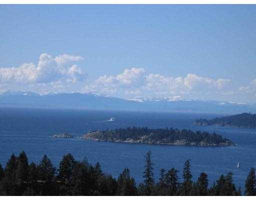 FEATURED LISTING: 5340 MEADFEILD RD West Vancouver
