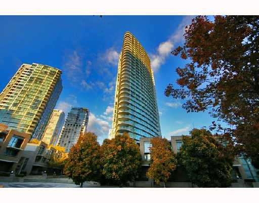 "Main Photo: 3605 1009 EXPO Boulevard in Vancouver: Downtown VW Condo for sale in ""LANDMARK 33"" (Vancouver West)  : MLS® # V684446"